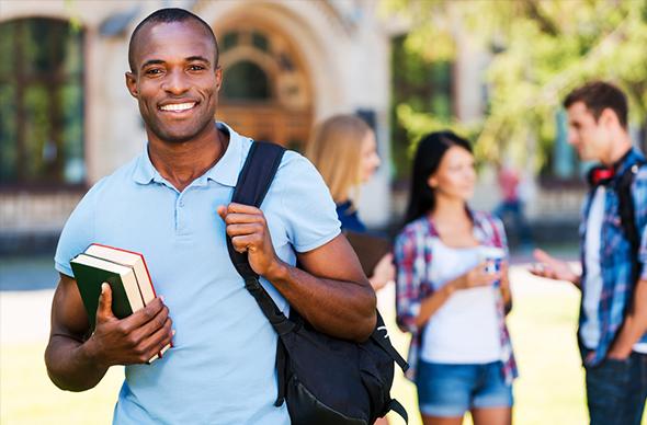 Programa de Financiamento Estudantil vai oferecer vagas a juros zero.